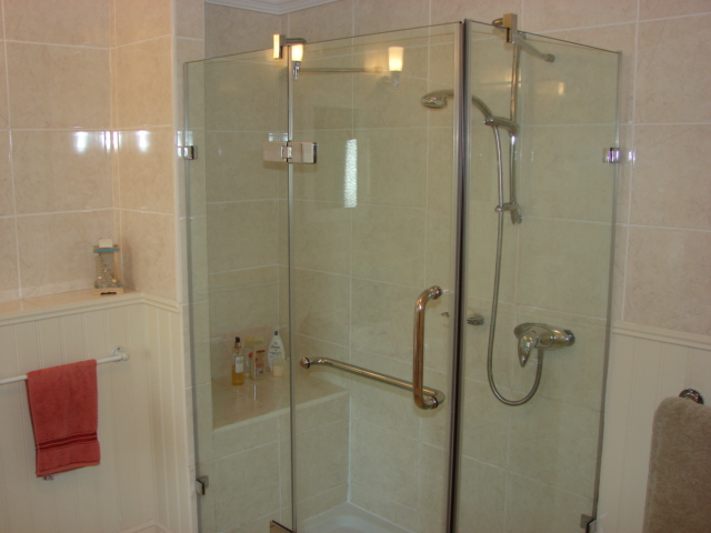 Photograph of Shower room